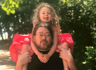 Behind Every Princess, There is a Brave Daddy/Prince