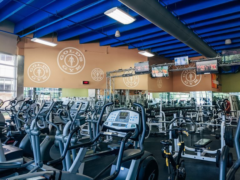 5 Reasons This Mom Loves Gold's Gym